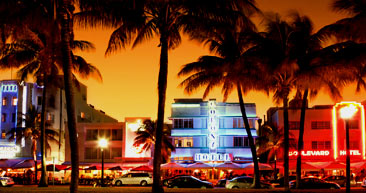 walk down the iconic ocean drive in miami beach