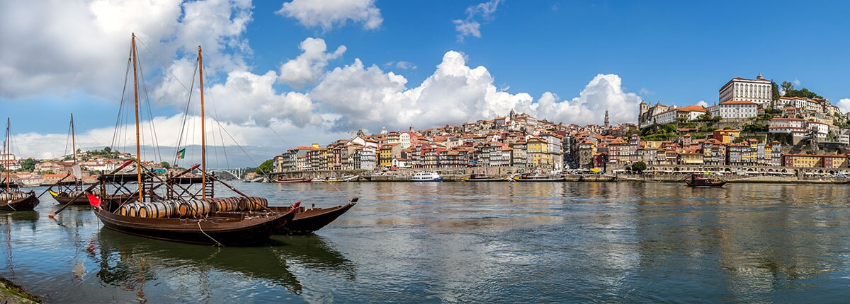 panoramic view of porto in the morning
