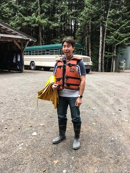 TheTravelBite_RachelleLucas_AlaskaWildernessSafari-6-750x1000