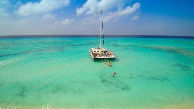 catamaran in grand turk