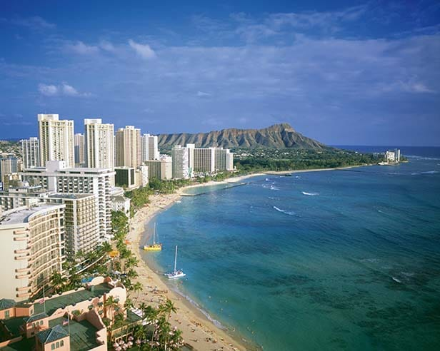 the coast of honolulu