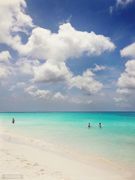 Clear blue water at Eagle Beach in Aruba