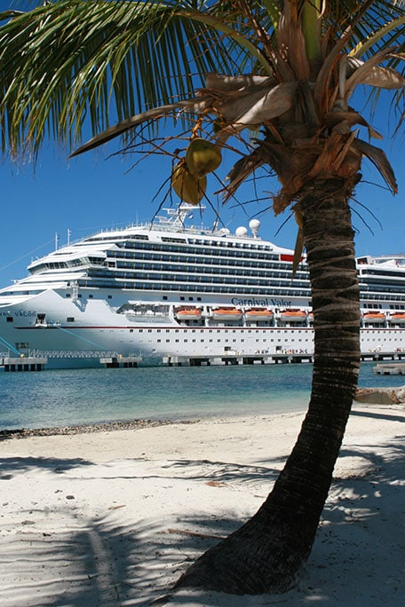 carnival cruise ship in mahogany bay, roatan