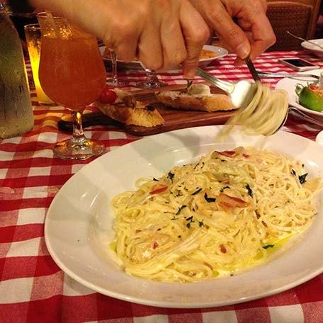 a spaghetti dish at cucina del capitano