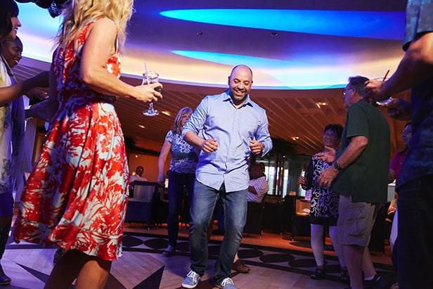 guests dance onboard