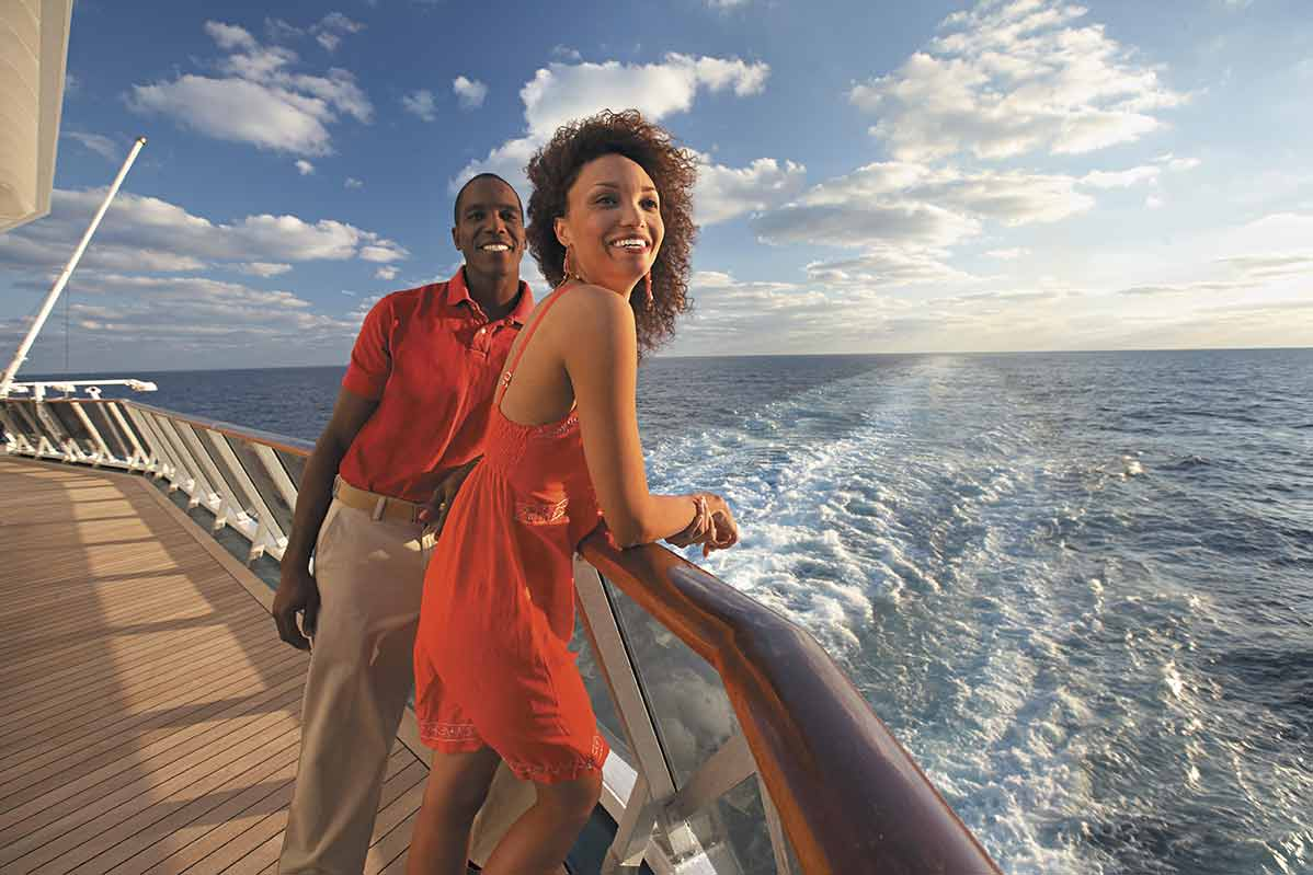 couple on a honeymoon cruise