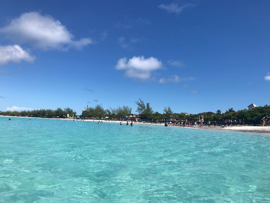 blue beaches of half moon cay