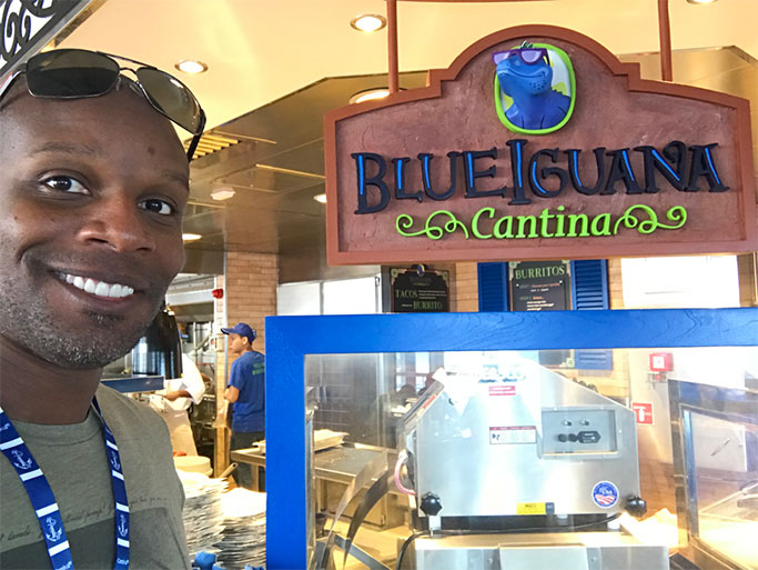 Doyin's selfie at Blue Iguana