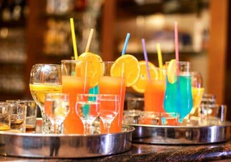 8 Best Things to Buy in Curacao