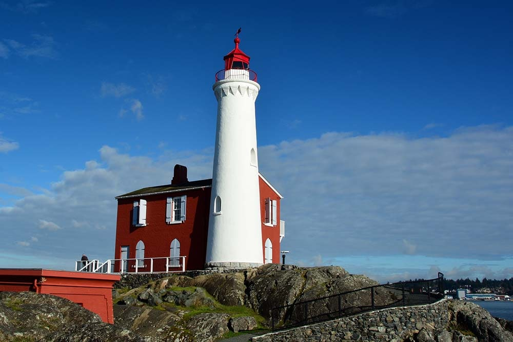 first lighthouse to be built on canada's west coast, fisgard lighthouse near fort rodd hill