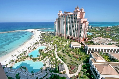 aerial view of atlantis resort and beach in nassau bahamas
