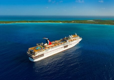 Why a Bahamas Cruise is the Best Way to Travel The Bahamas