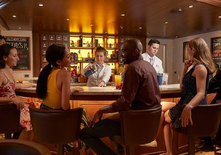 The 7 Best Bars On Board Carnival Vista