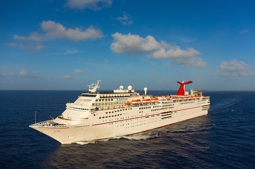 carnival elation sailing the caribbean sea