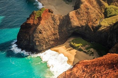 na pali coastline, kauai in the hawaiian islands