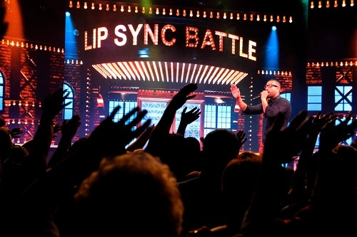 a crowd cheering for lip sync battle