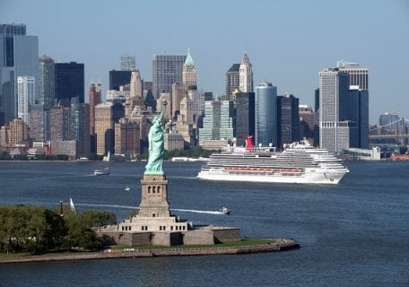 Why Summer is the Best Time to Cruise Out of New York