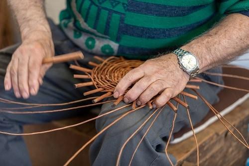 a basket weaver in camacha