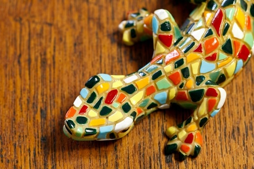 a colorful mosaic lizard souvenir from barcelona