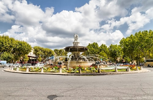 the fountain in cours mirabeau