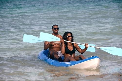 couple kayaking in cozumel