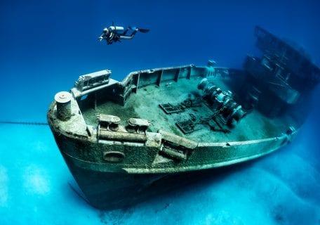 Famous Shipwrecks of the Caribbean
