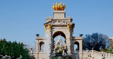 visit the parc de la cittadella in barcelona