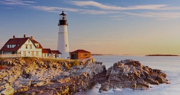 view coastal lighthouses while in canada and new england