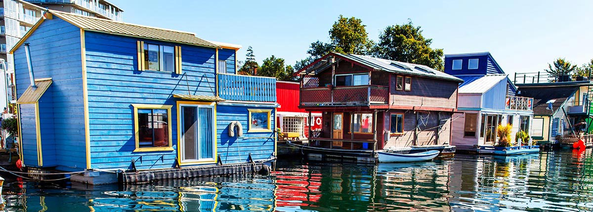 floating home village in victoria