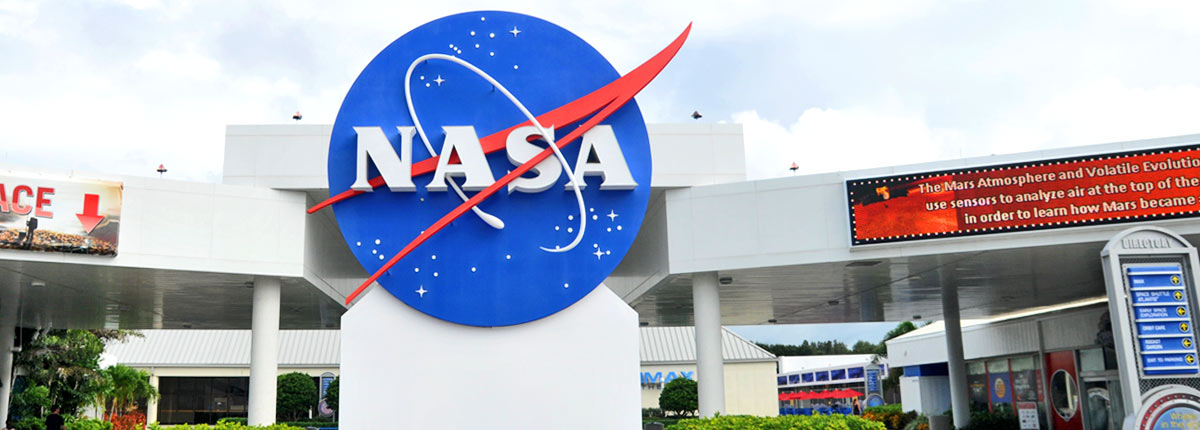 experience the kennedy space center