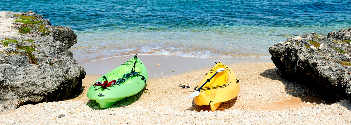 kayak on the calm waters of grand cayman
