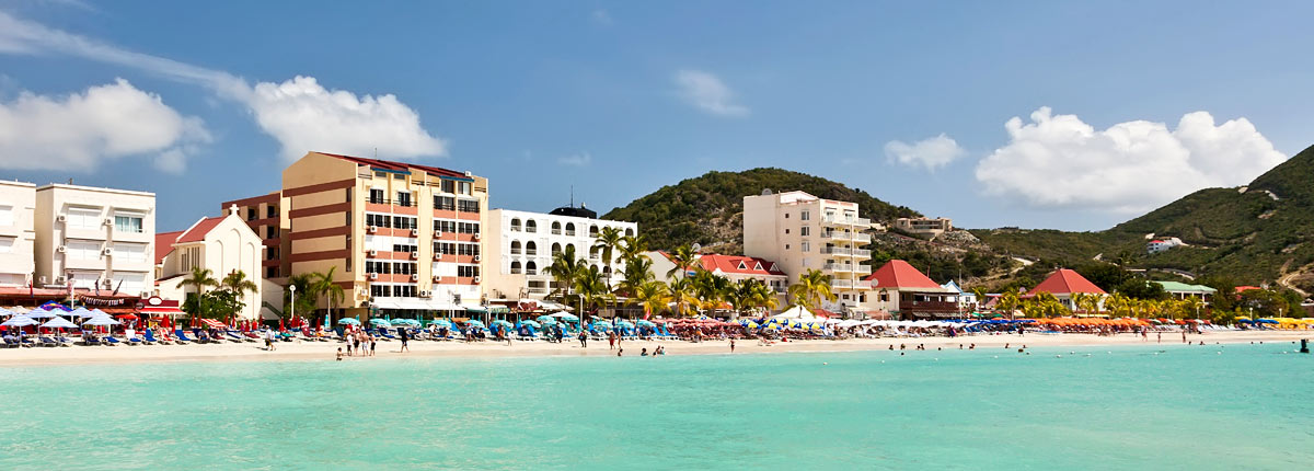 beautiful beach in philipsburg st. maarten