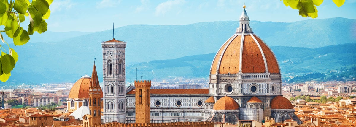 amazing view of the basilica di santa maria del fiore in florence