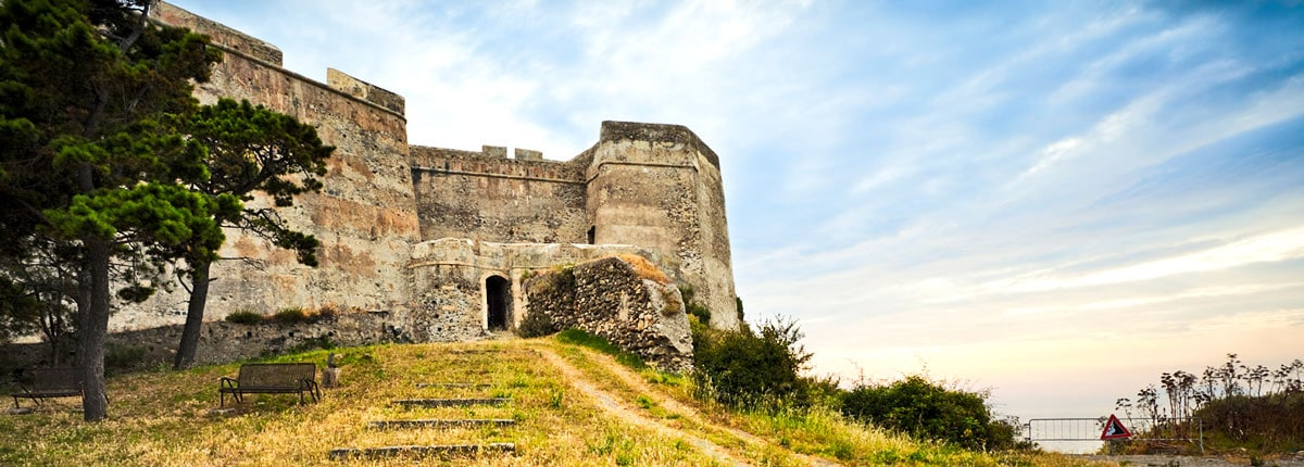 tour the anceient ruins of a fort in messina