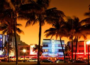 night time view of ocean drive