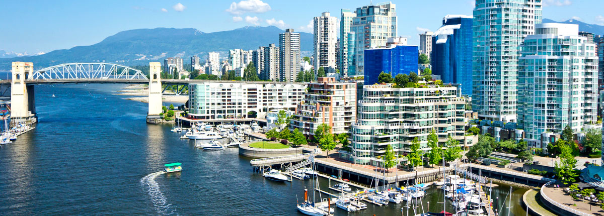 waterfront views of the vancouver skyline
